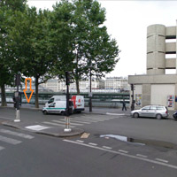 SA bus stop Paris 1