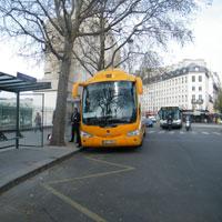 SA bus stop Paris 4